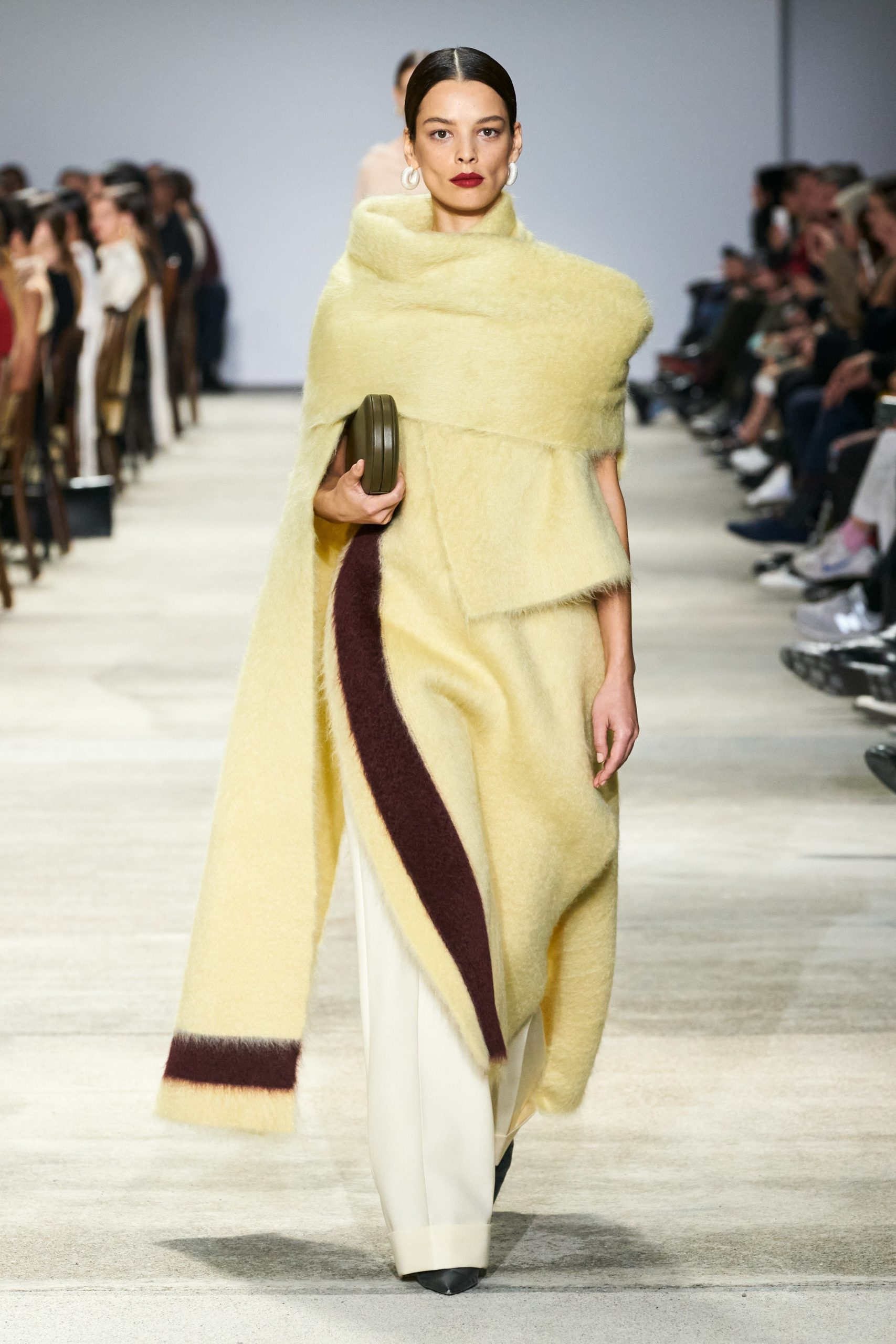 Jil Sander Fall 2020 trends runway coverage Ready To Wear Vogue soft yellow monochrome