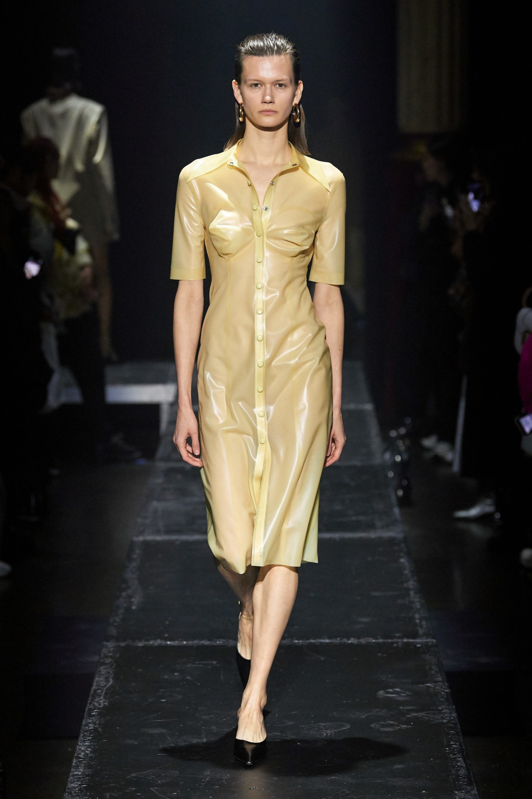 Kwaidan Editions Fall 2020 trends runway coverage Ready To Wear Vogue soft yellow monochrome