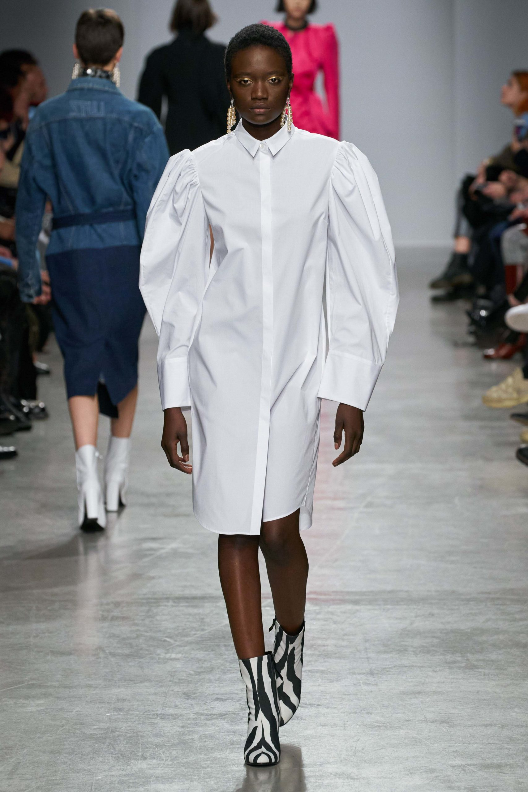 Lutz Huelle Fall 2020 trends runway coverage Ready To Wear Vogue manche bold sleeves