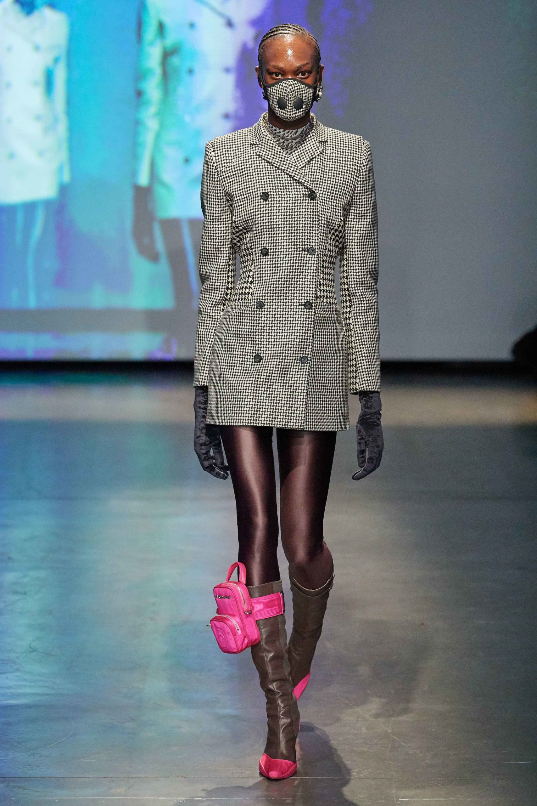 Marine Serre Fall 2020 trends runway coverage Ready To Wear Vogue grey
