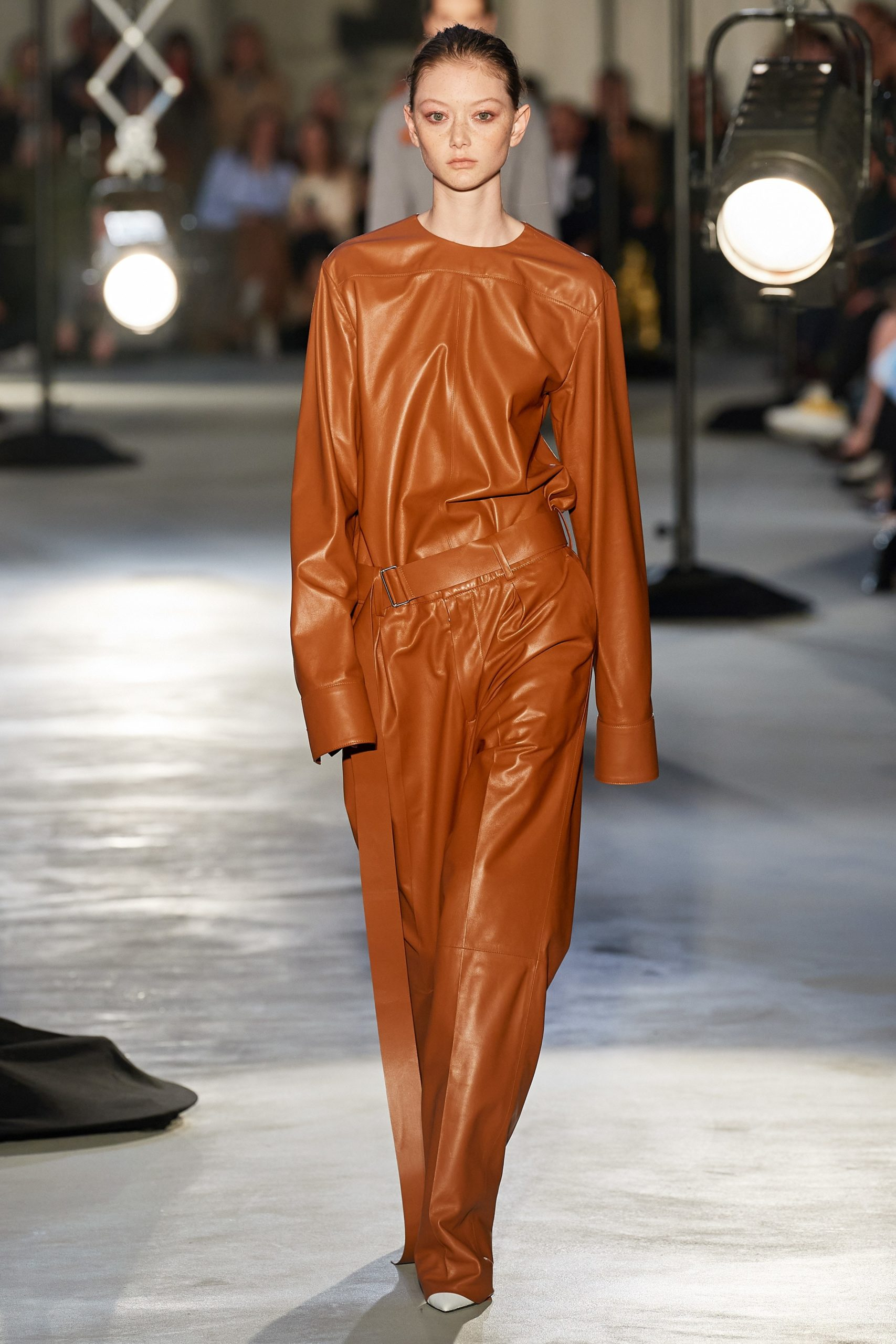 Numero 21 Fall 2020 trends runway coverage Ready To Wear Vogue caramel monochrome