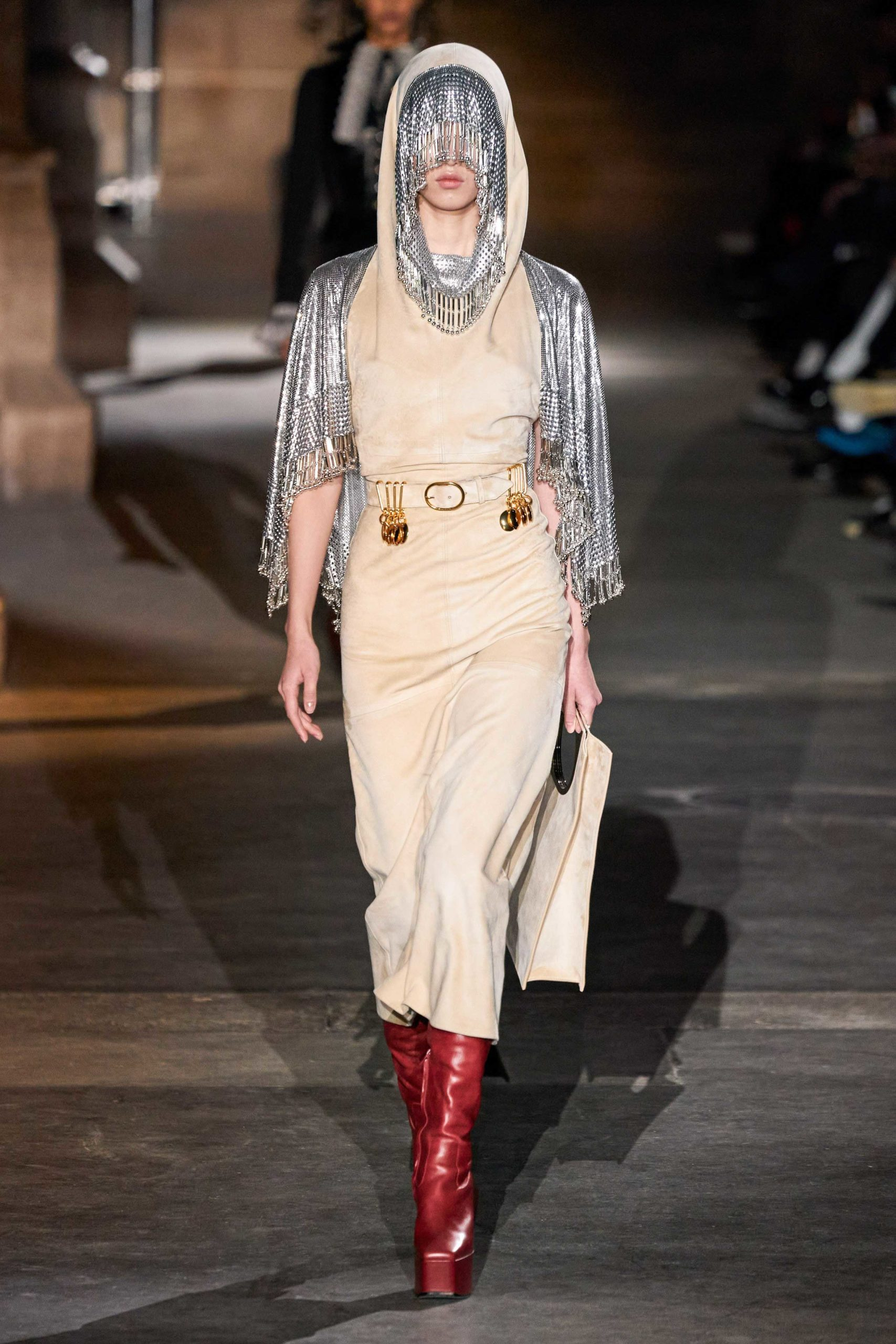 Paco Rabanne Fall 2020 trends runway coverage Ready To Wear Vogue snood hood
