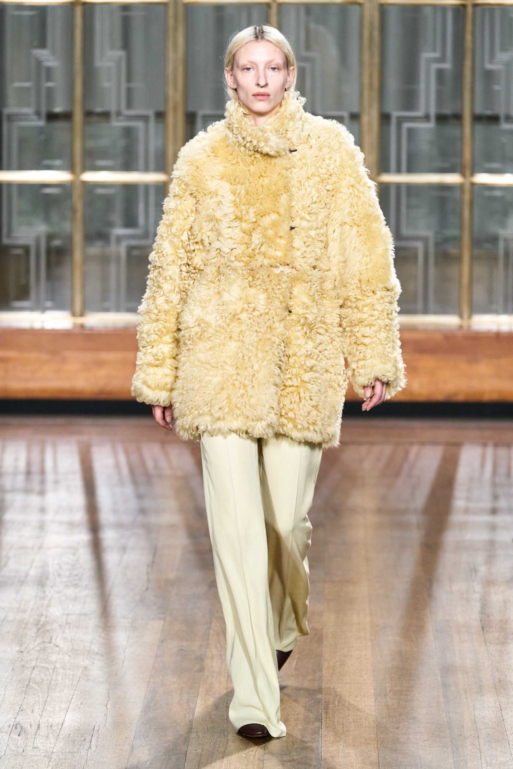 Petar Petrov Fall 2020 trends runway coverage Ready To Wear Vogue soft yellow monochrome
