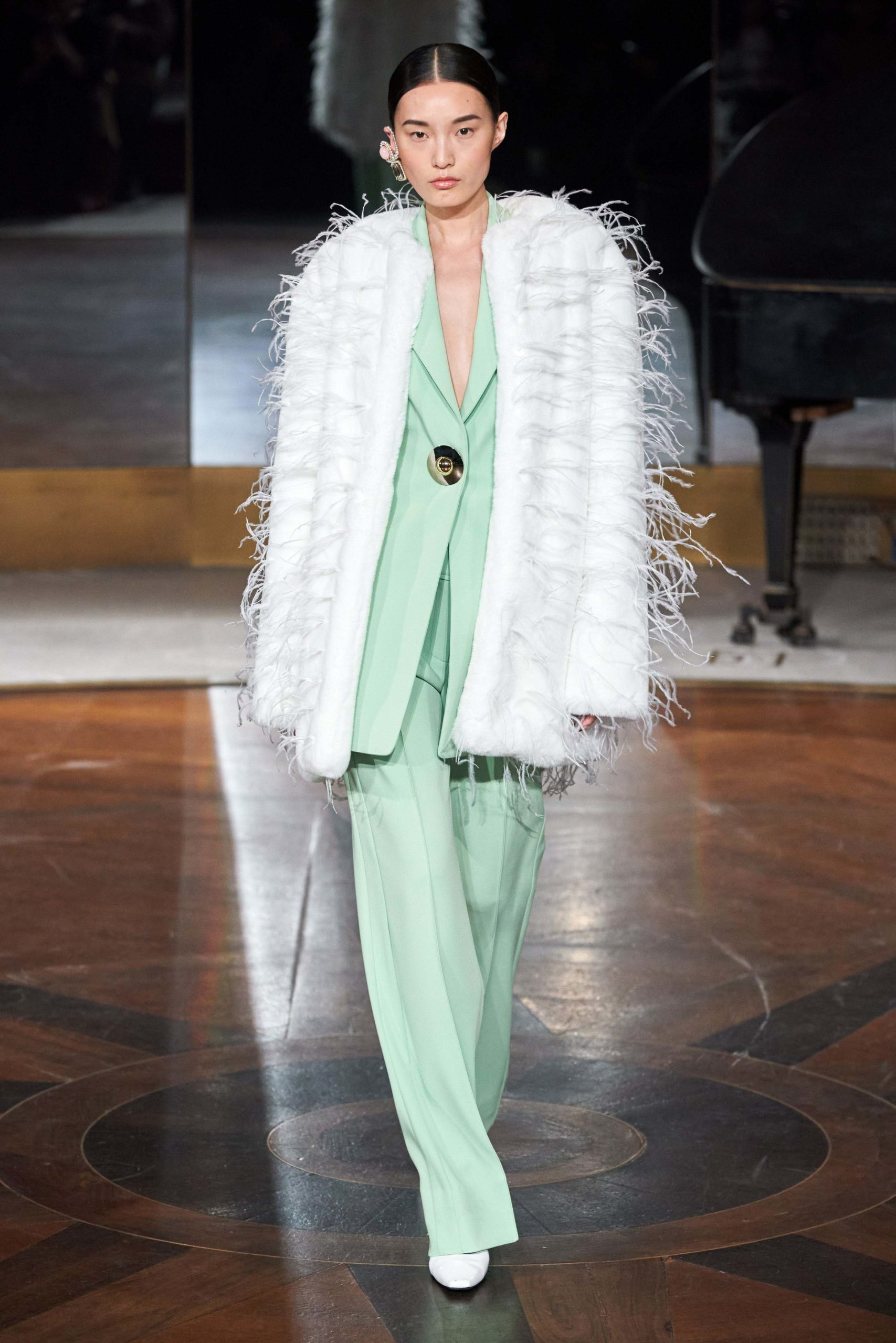 Prabal Gurung Fall 2020 trends runway coverage Ready To Wear Vogue feather