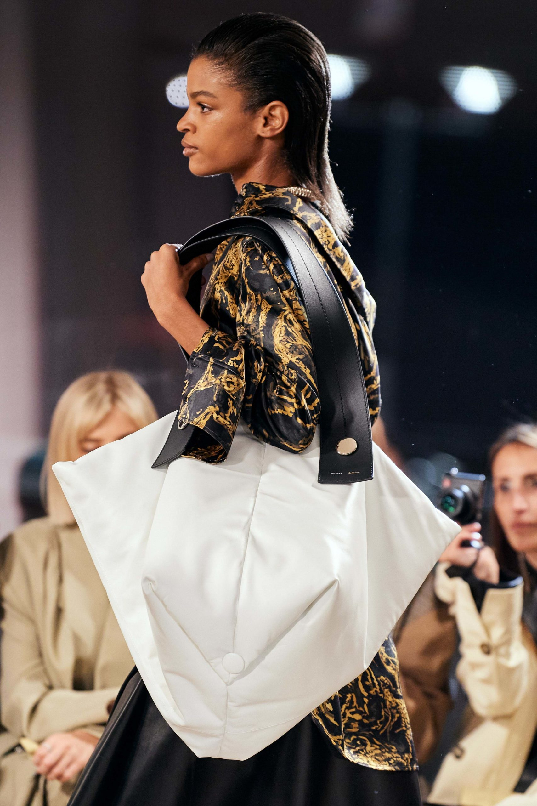 Proenza Schouler Fall 2020 trends runway coverage Ready To Wear Vogue large bag tote bag