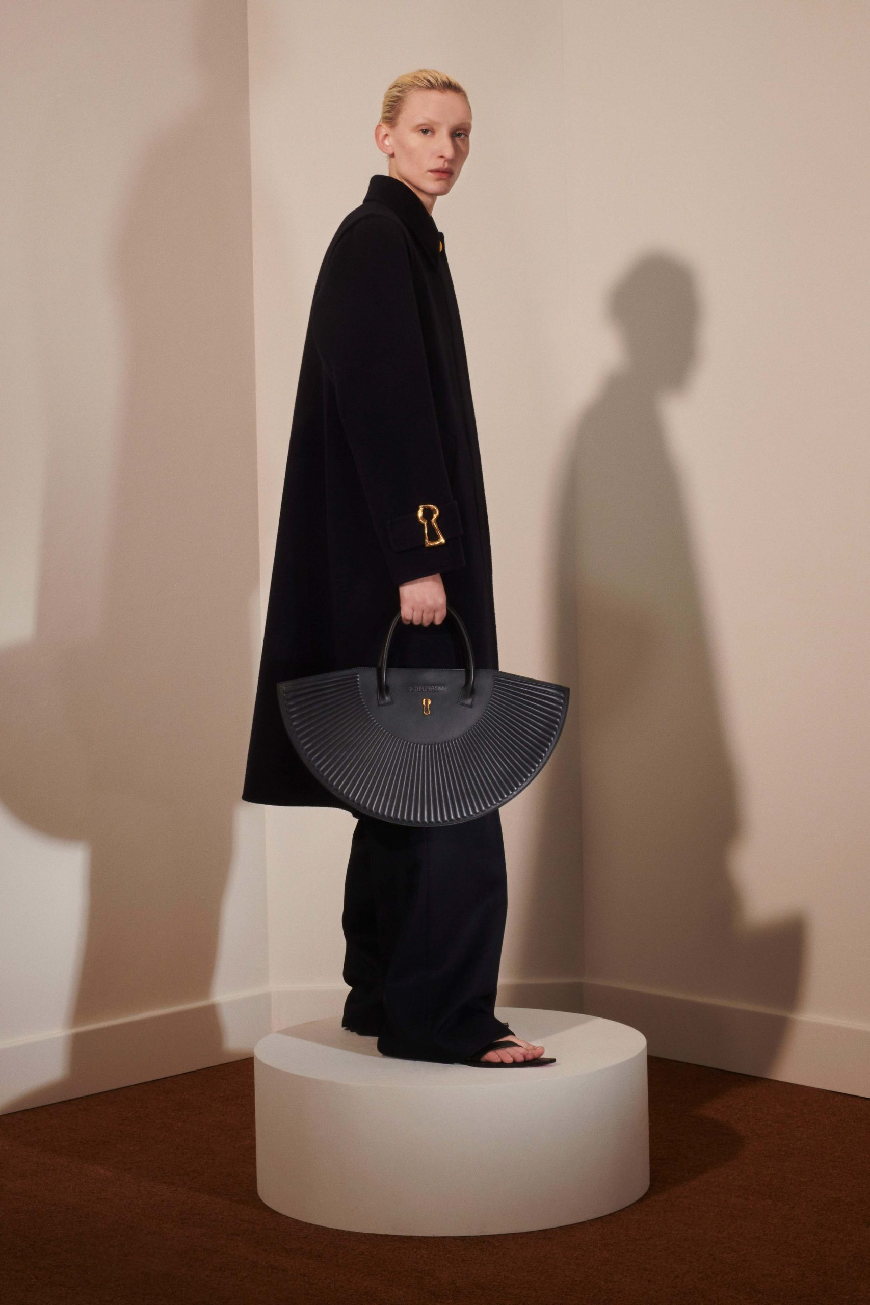 Schiaparelli Fall 2020 trends runway coverage Ready To Wear Vogue oversized clutch bag