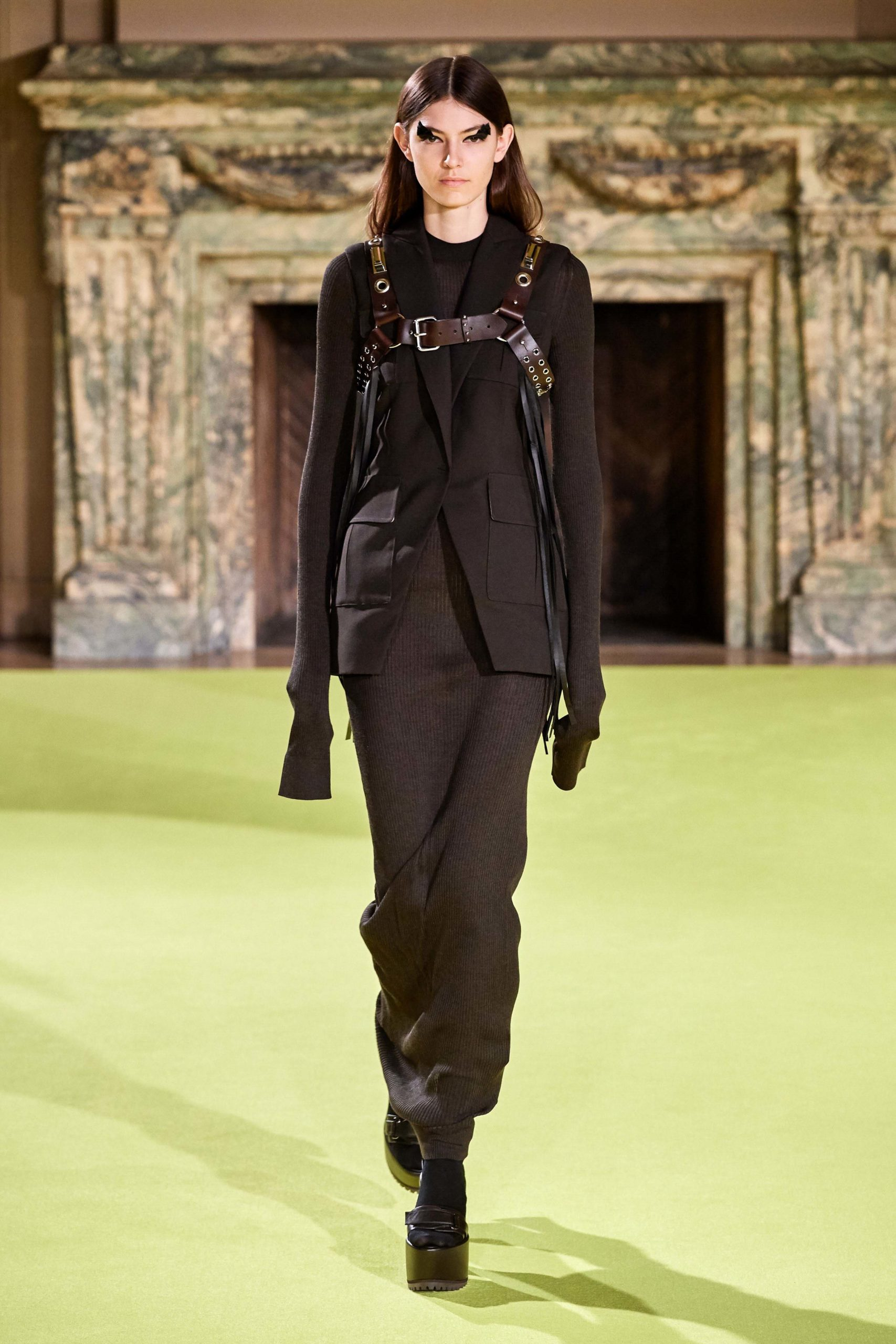 Vera Wang Fall 2020 trends runway coverage Ready To Wear Vogue Harness