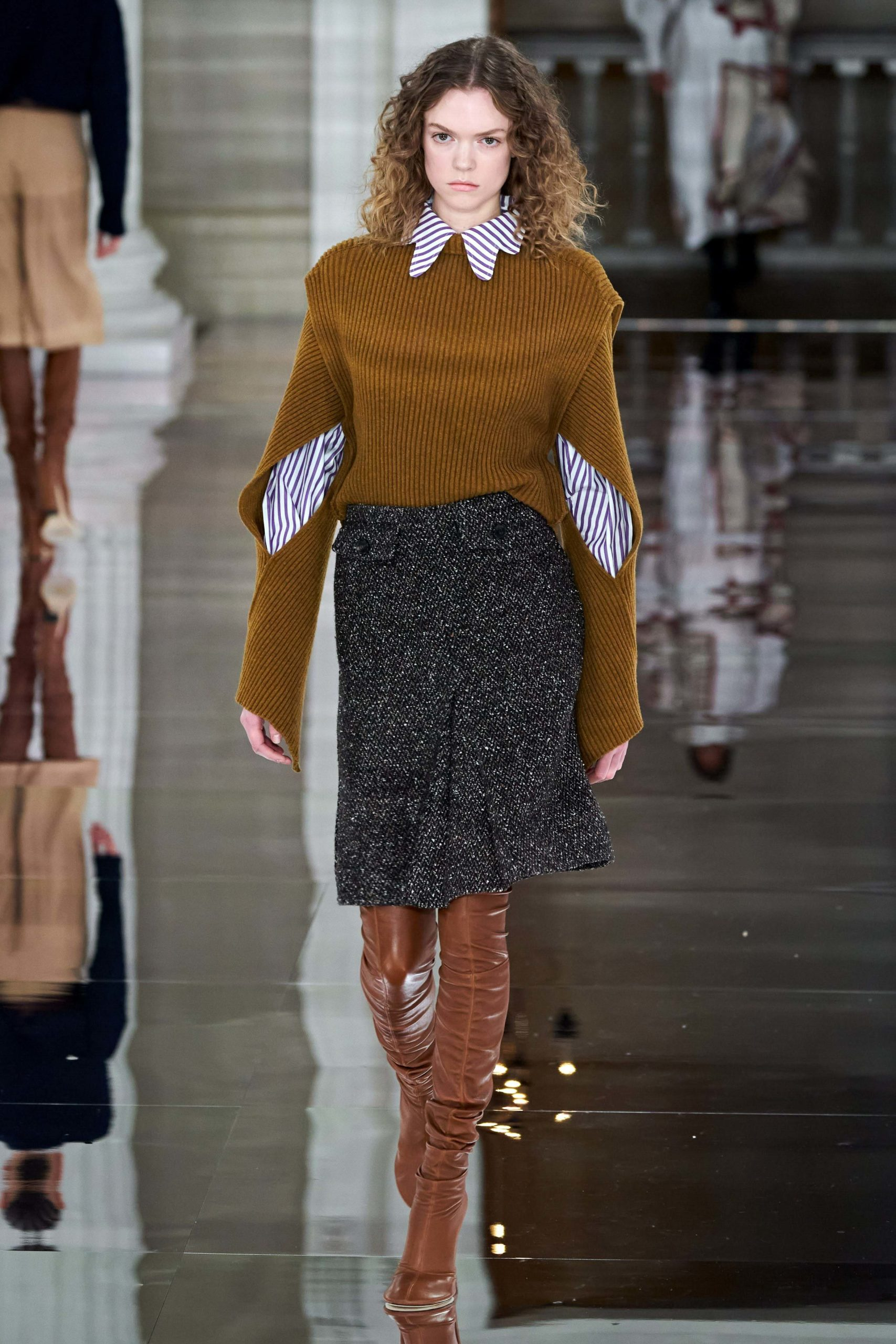 Victoria Beckham Fall 2020 trends runway coverage Ready To Wear Vogue bold sleeves