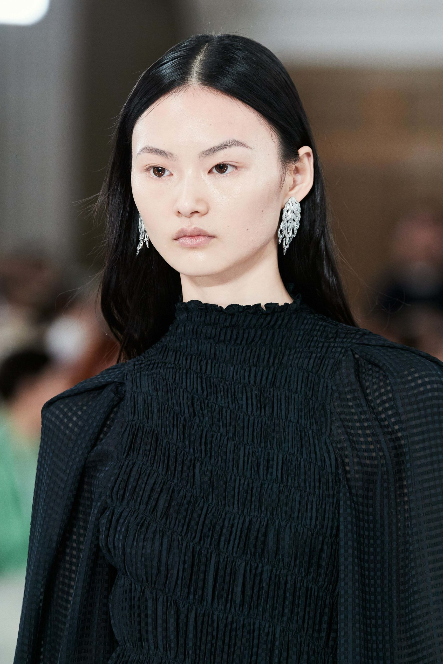 Victoria Beckham Fall 2020 trends runway coverage Ready To Wear Vogue earrings best of accessories fall 2020 jewelry