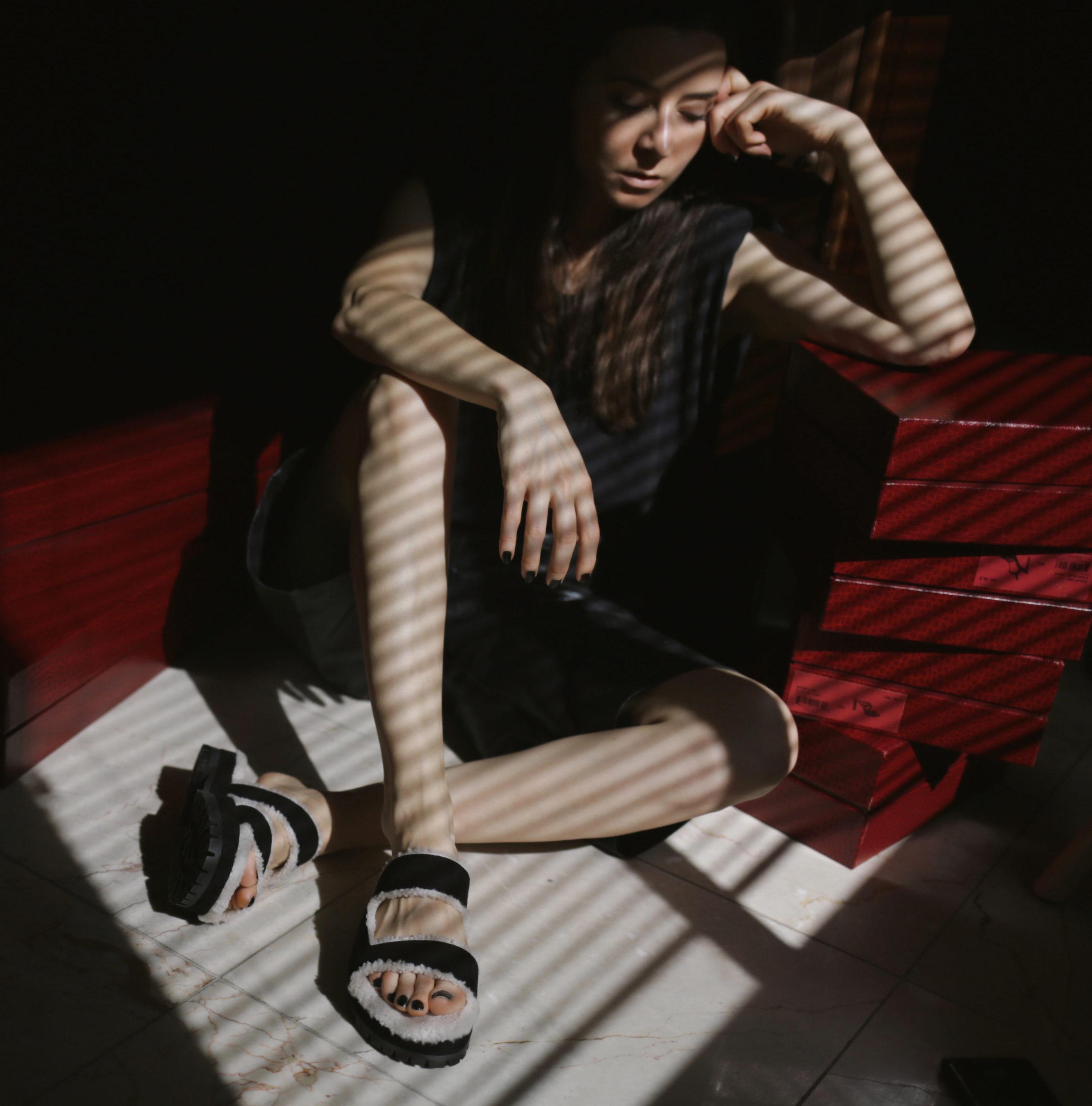 Best Fall Winter 2020 shoes and boots trends: The designer comfortable slides TAMARA MELLON ROAR SLIDES