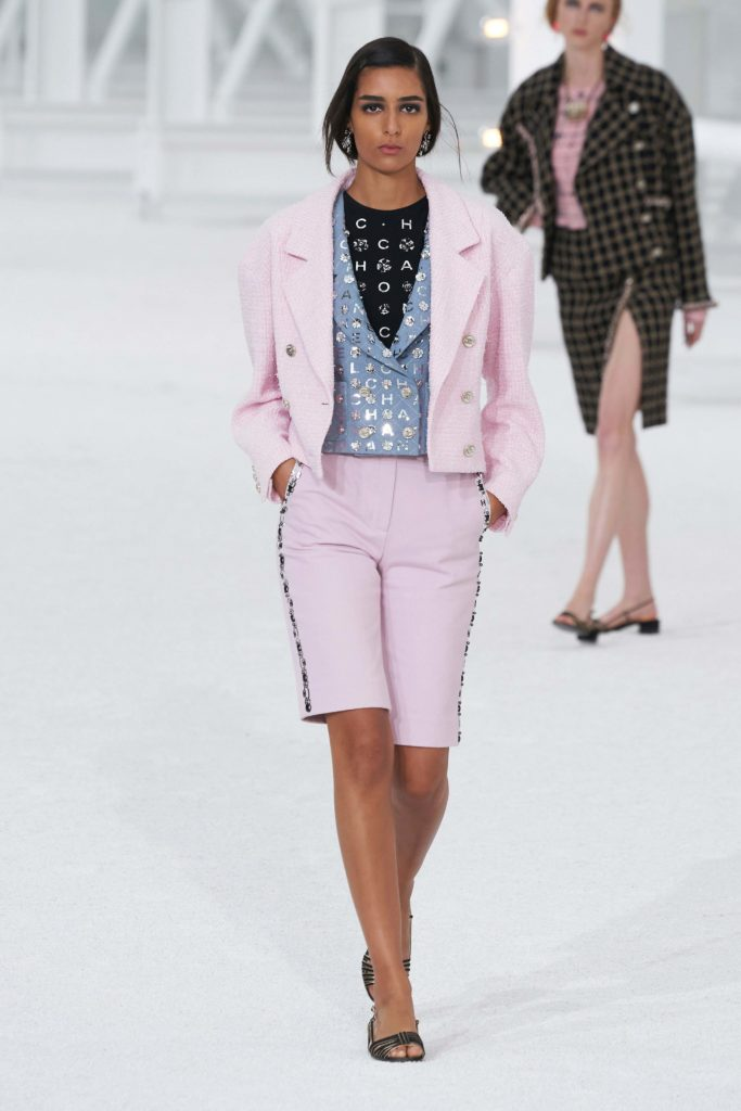 Spring Summer 2021 trends runway coverage Ready To Wear Vogue 2000 trend paris hilton style Chanel