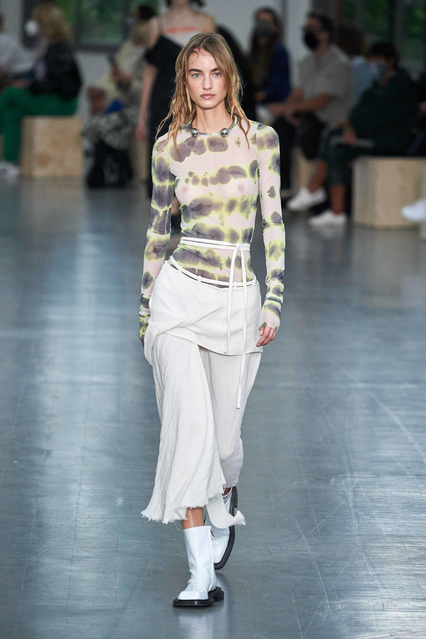 Spring Summer 2021 trends runway coverage Ready To Wear Vogue tie dye Sportmax