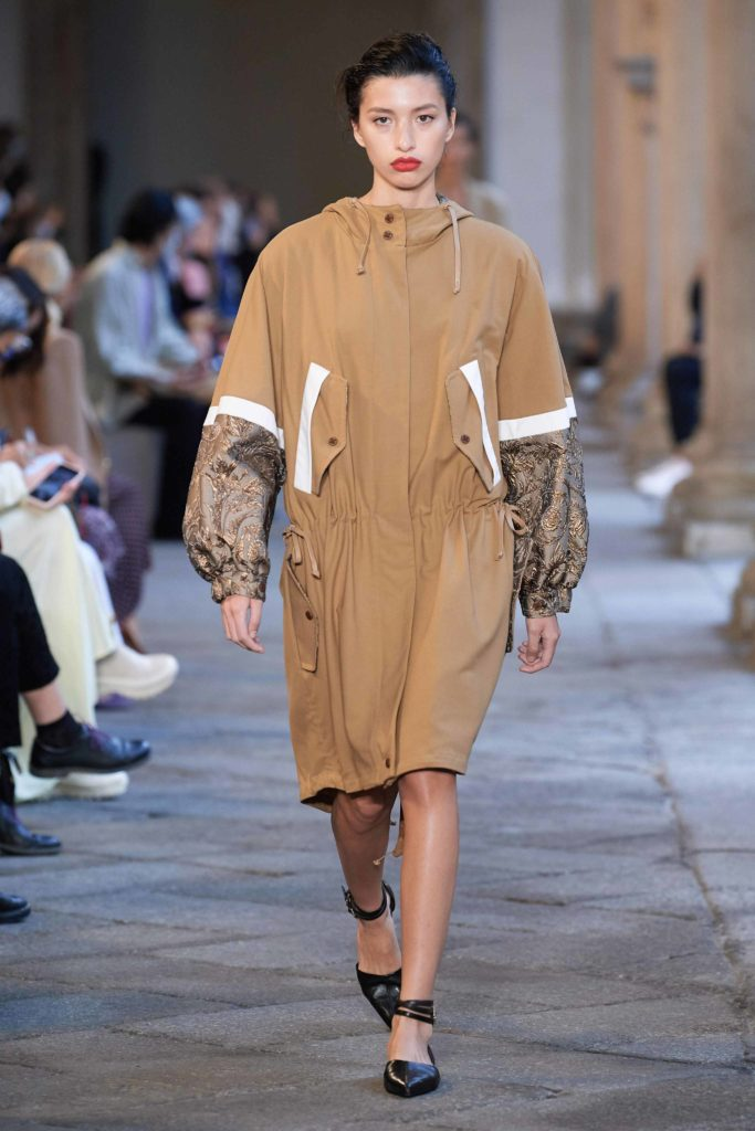 Spring Summer 2021 trends runway coverage Ready To Wear Vogue sporty chic coat Max Mara