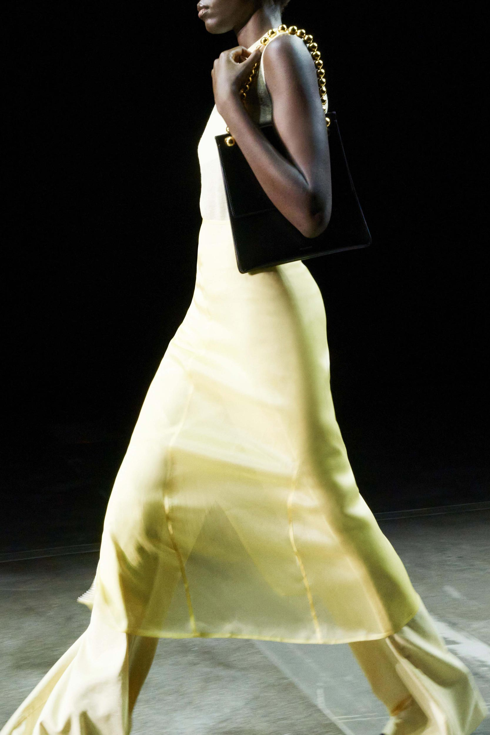 Spring Summer 2021 trends runway coverage Ready To Wear Vogue play with organza Jil Sander