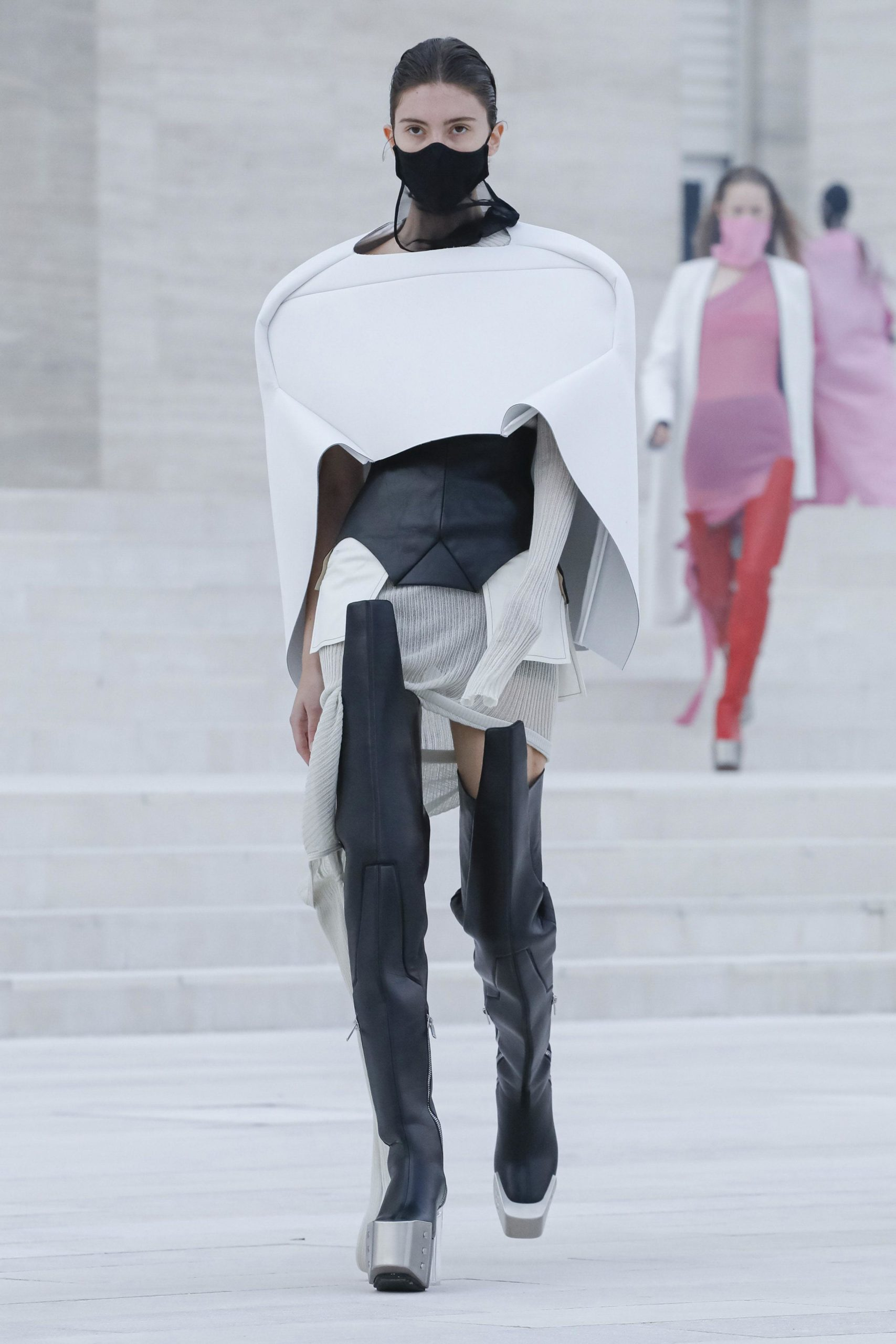 Spring Summer 2021: 15 favorite looks from the runway Rick Owens face mask