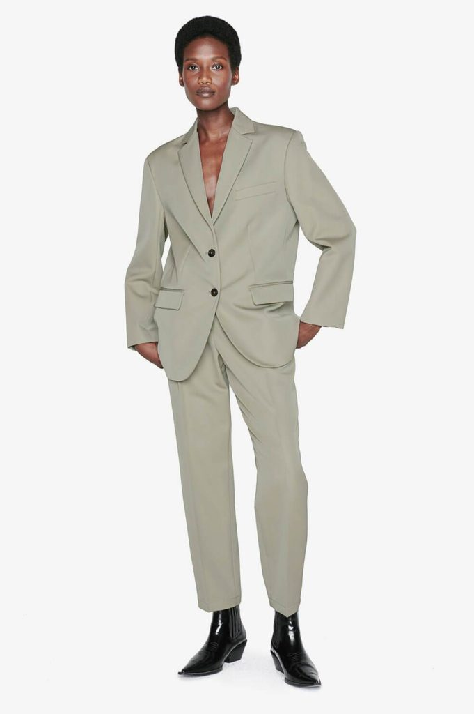 Best 10 Anine Bing pieces to master an elevated '90s aesthetics the khaki suit