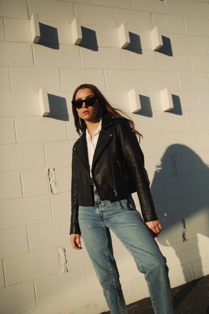 Sezane review Zig jacket: black leather perfecto jacket for women - french girl style
