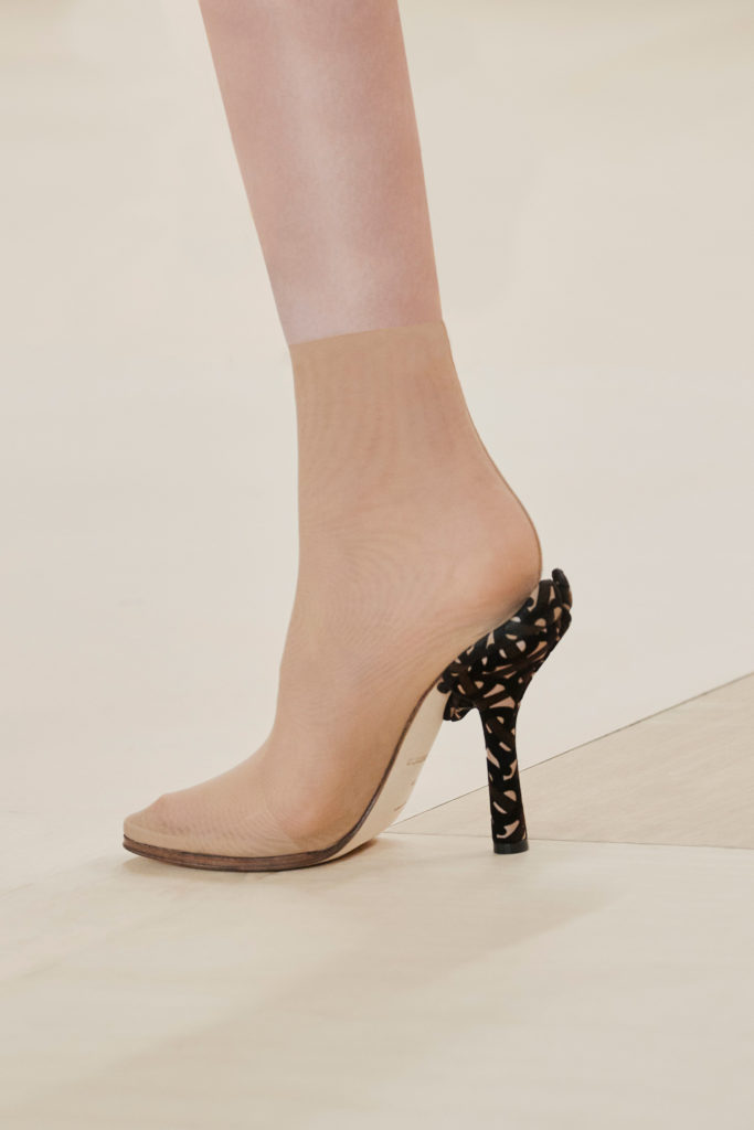 Burberry nude best shoes from the runway FW21 fashion week