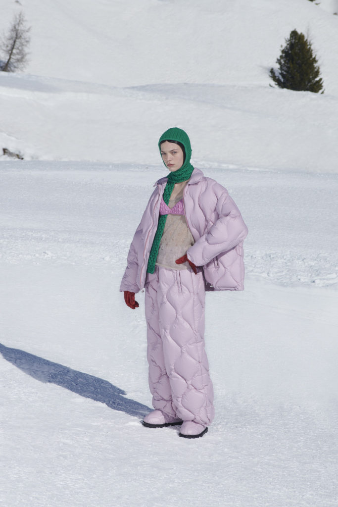 MIU MIU RTW Fall Winter 2021 best runway trends apres-ski puffer jacket puffer pants quilted combinaison lilac mauve